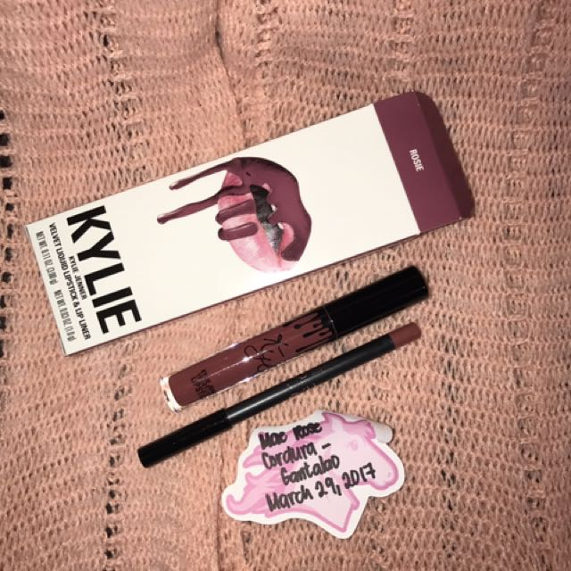 ROSIE - Kylie Cosmetics Lip Velvet Kit