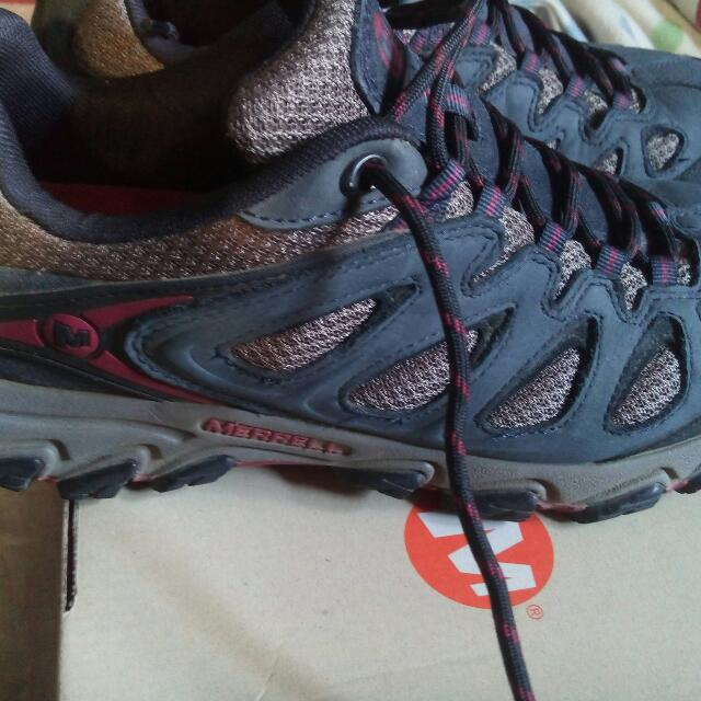 newest check out Sales promotion Merrell Pulsate Ventilator on Carousell
