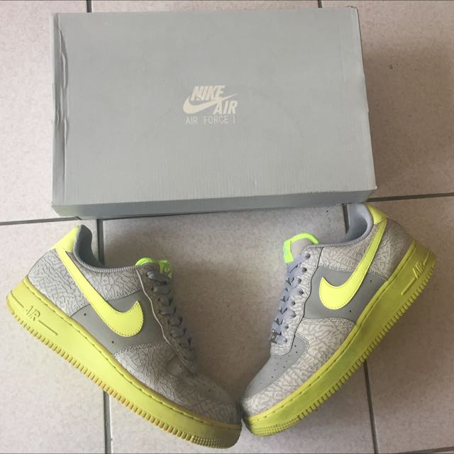 Nike Air Force 1 爆裂紋
