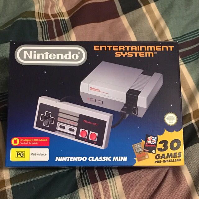 Nintendo Classic Mini Console (1 Controller Included)