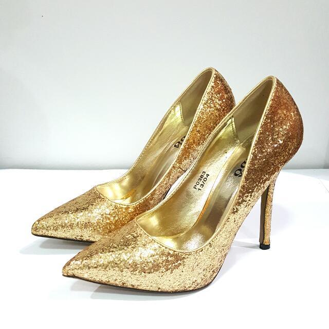 SEPATU STEFANIA BALDO FULL GOLD SIZE 36