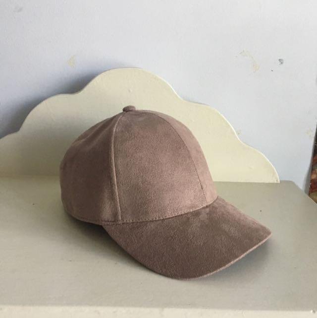 velvet beige cap