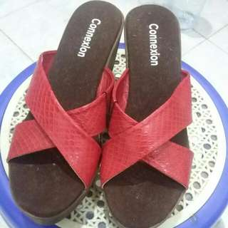 connexion wedges red