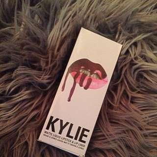 Kylie Lip Kit !