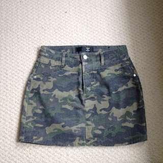Mini skirt from FACTORIE