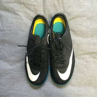 CR7 NIKE indoor Soccer Shoes unisex