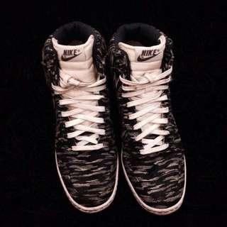Nike Wedge Shoes (Grey Zebra) (7-8)