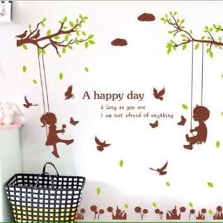 SK 9078 Stiker Dinding Ayunan Pohon Lucu