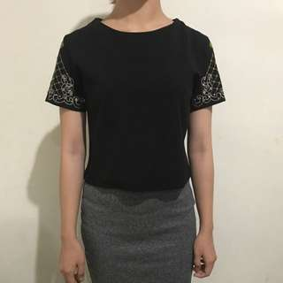 Black Top With Embroidery Size S