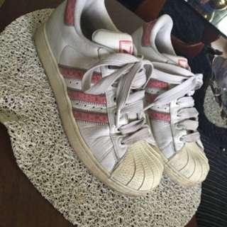 Adidas Superstars Retro