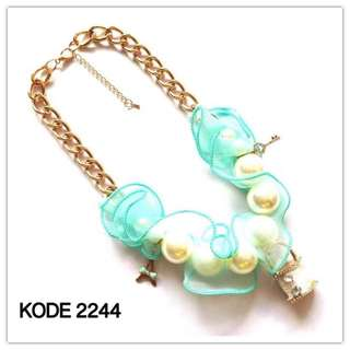 Necklace 2244
