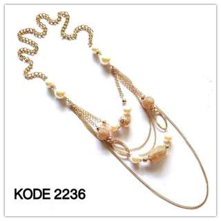 Necklace 2236