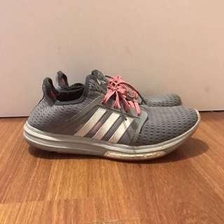 Adidas Runners Size 9