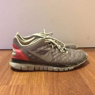 Nike Runners Size 9