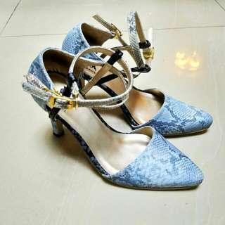 Snakeskin Inspired High Heels Shoes
