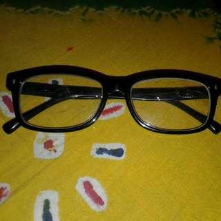 Kacamata RayBan Kw