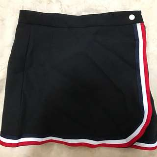 Red & White Lining Skirt
