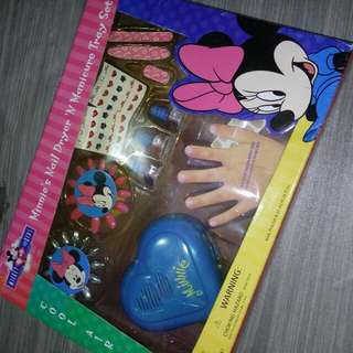 Minnie Mouse Manicure Set