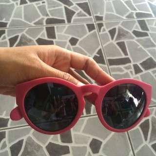 Kacamata Pink