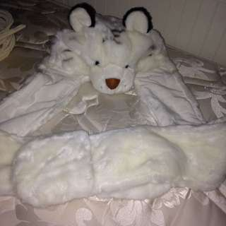 white tiger beanie with attached mits