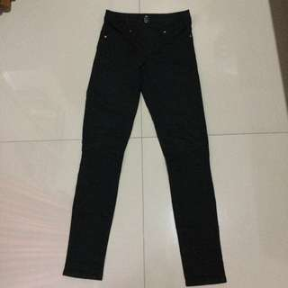 HnM Black Skinny Pants