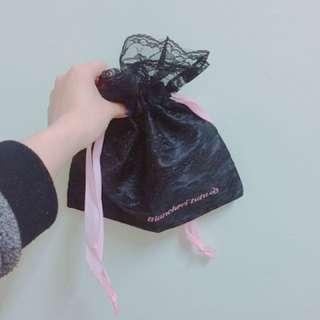 黑色蕾絲化妝袋