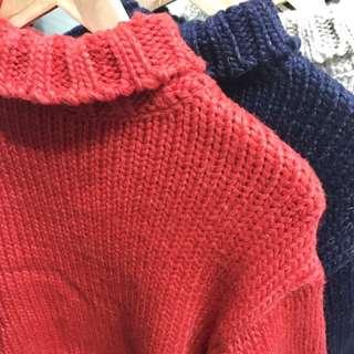 季末出清 正韓側邊開叉高領毛衣