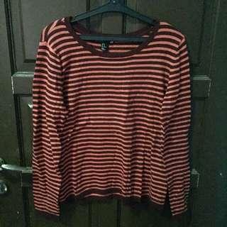 Sweater H&M Stripe Garis Merah Maroon