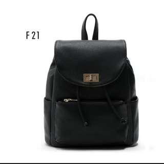 Forever21簡約後背包 學院風雙肩包PU皮包包