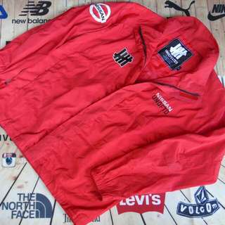 Outdor Undefeated Size L