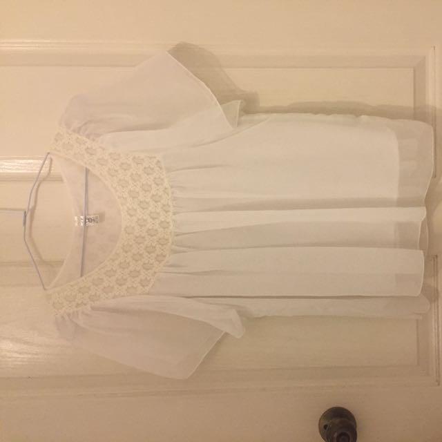 韓🇰🇷 白色雪紡紗短版上衣