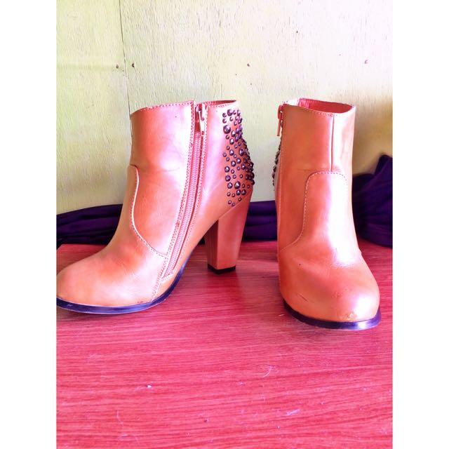 Ankle Boots by CLN