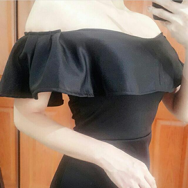 Black Sabrina Assimetris Dress