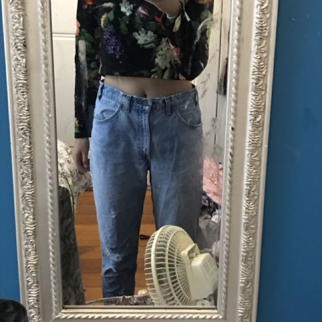 Cropped Long Sleeve Floral Top