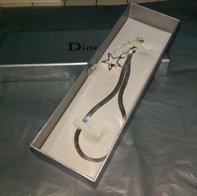Dior 吊飾