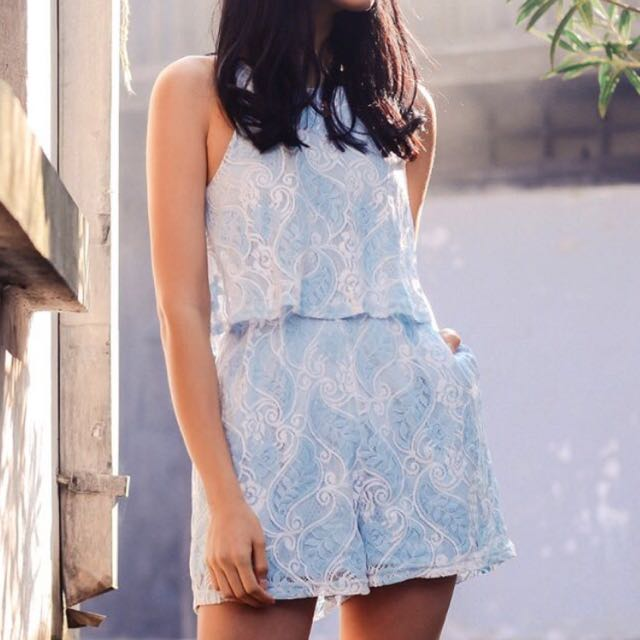 00d2237d235  INSTOCK  Fashmob Bridge Paisley Lace Playsuit Powder Blue
