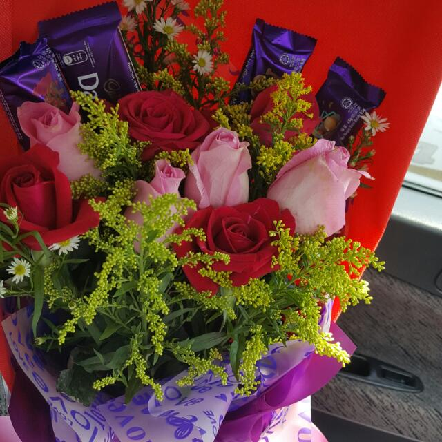 Flower & Chocolate Bouquet, Design & Craft, Others on Carousell