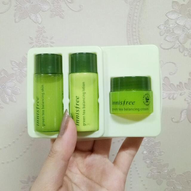Innisfree Greentea Balancing Special Kit