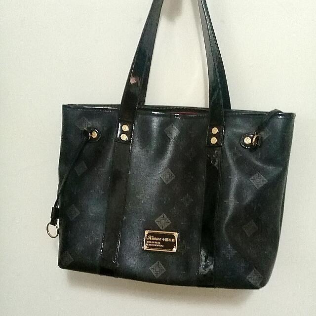正品kinaz托特包,基本款黑色大包包,二手名牌包
