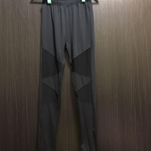 黑色內搭褲M
