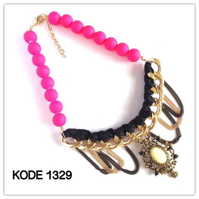 Necklace 1329