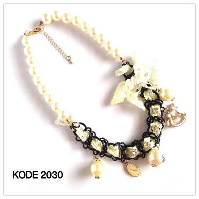 Necklace 2030