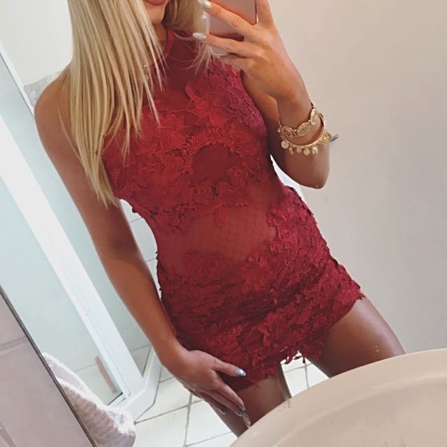 Red Lace Tight Dress