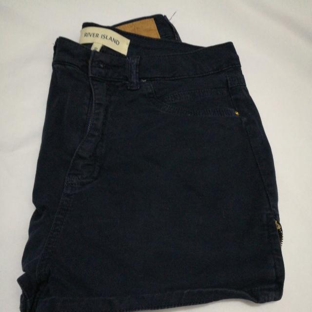River Island shorts size 25-26