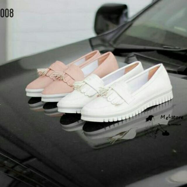 Sepatu 008