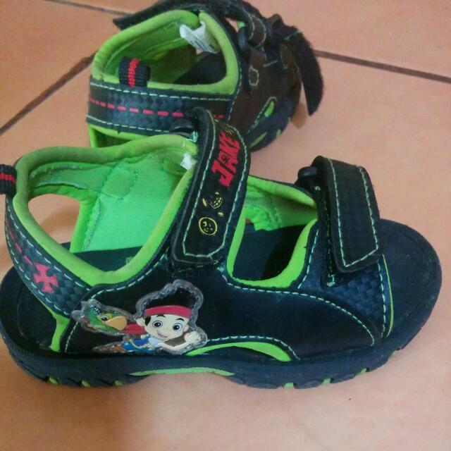 Sepatu Sendal Jake & The Pirates (Payless Shoes)