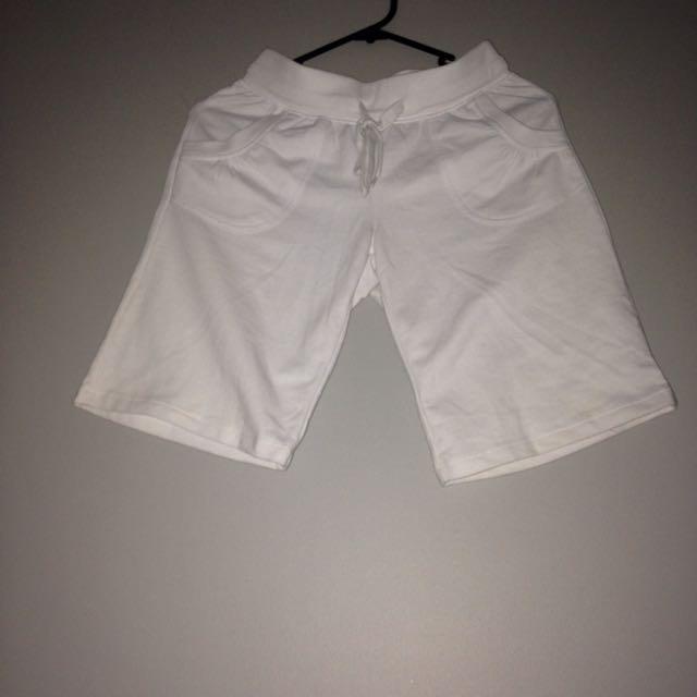 size 8 white shorts