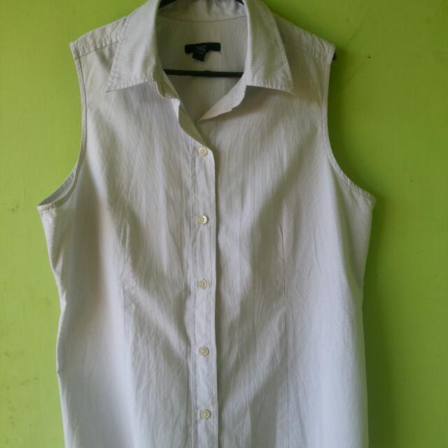 T Shirt Sleeveless GAP
