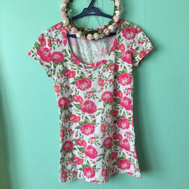 Wet Seal Floral Top