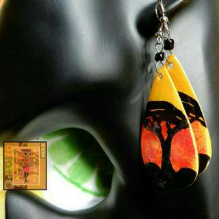 Oval shape sunset painted earrings/ African inspired earrings